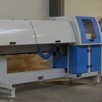 Optimalizáló, daraboló, hibakiejtő gép - Parketta fríz, bútorléc  vagy  hossztoldási alapanyag termelés.